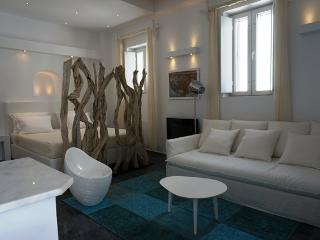 Apollo Suite: new 2012 luxury flat in Mykonos Town - Mykonos vacation rentals