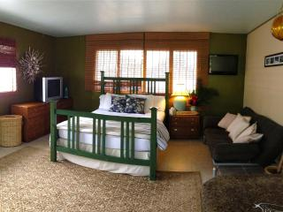 Sunset Beach Tropical Studio - Haleiwa vacation rentals