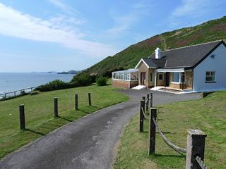 Holiday Home - Sundown, Newgale - Newgale vacation rentals