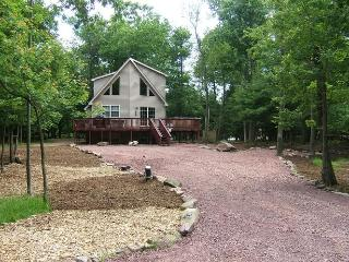 Mountain Wood Lodge - Lake Harmony vacation rentals
