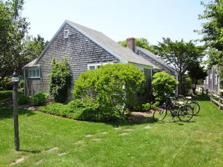Nantucket house, sleeps six, located in S'conset - Nantucket vacation rentals
