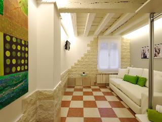 DORSODURO CA' BELLEZZA - Venice vacation rentals