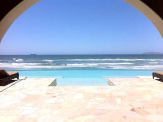 Stunning Oceanfront Condo in Rosarito Beach - Rosarito Beach vacation rentals