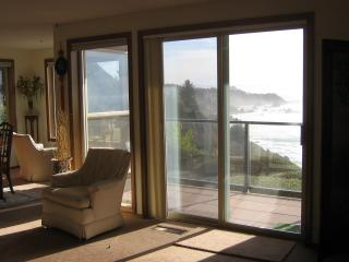 Rainbow Rock Beach Condo - Brookings vacation rentals