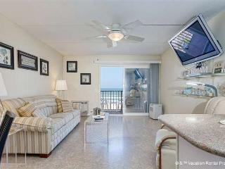 Beachers Lodge 425, Beach Front, 4th floor, Elevator, HDTV - Florida North Atlantic Coast vacation rentals