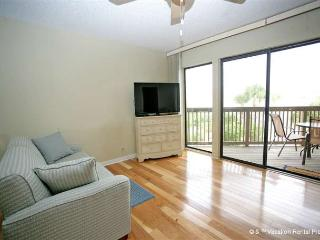 Hibiscus 301-H Ocean View, 3 pools, Fireplace, Jacuzzi tub - Saint Augustine vacation rentals