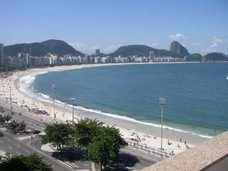 (#177) Excellent 2 bd w/ balcony and ocean view - Copacabana vacation rentals