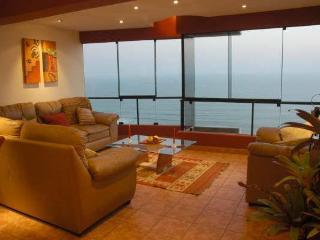 3 LEVE PENTHOUSE WITH PRIVATE TERRACE,  WITH BEST OCEAN VIEW IN MIRAFLORES,PERU. - Lima vacation rentals