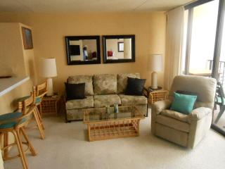 1BR LARGE Waikiki Contemporary Great Views Pool ! - Waikiki vacation rentals