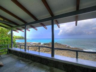 Beachfront in sunny Kona - Princeville vacation rentals