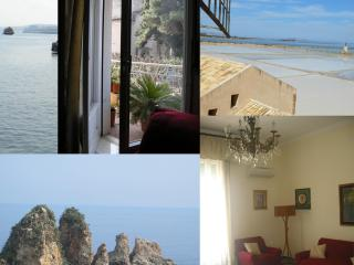 Beautiful Apartment in Historic Trapani - Trapani vacation rentals