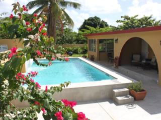 Bravos Bungalows - The Compound - family friendly - Vieques vacation rentals
