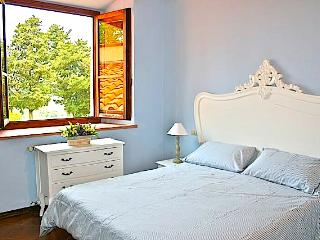 Apartment surrounded by the florentine hills(wifi) - Florence vacation rentals