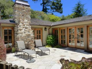 3477 - Luxurious, 3 Fireplaces, Plush Beds, Walk to Town! - Carmel vacation rentals