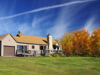 Cascade House - with a view of Lake Superior. - Minnesota vacation rentals