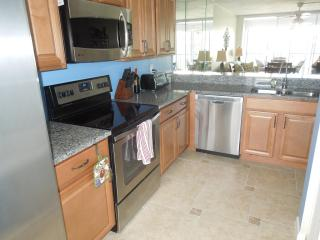 Grandview,So. Beach, Newly remodeled, wkly rentals - Marco Island vacation rentals