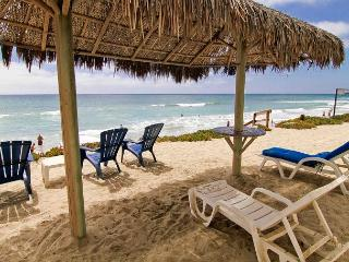 Gorgeous 2br Beachfront Getaway in Oceanside, P1041-2 - Oceanside vacation rentals