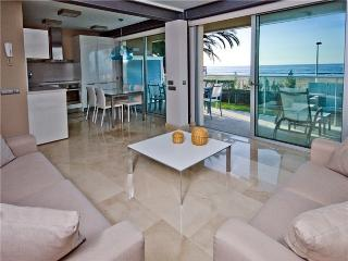 Luxury Beach Apartment Nr 5 - Maspalomas vacation rentals