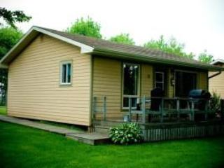 Cavendish Maples Two-Bedroom Cottages in PEI - Image 1 - Cavendish - rentals