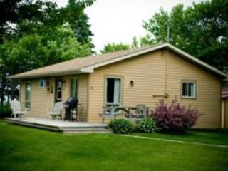 Cavendish Maples Two Bedroom Deluxe/2 Bath cottage - Cavendish vacation rentals