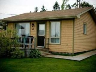 Cavendish Maples One-Bedroom Deluxe Cottage in PEI - Prince Edward Island vacation rentals