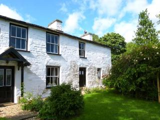 HILL FARM HOUSE, character, woodburner, stone walls, rural setting in Cowgill near Dent, Ref 15771 - Dent vacation rentals