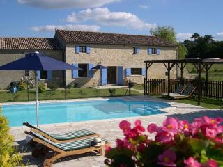 Beautiful Dordogne Peaceful Deluxe Cottages for 2 - Montpeyroux vacation rentals
