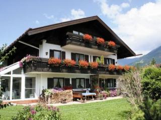 Vacation Apartment in Oberstdorf - 431 sqft, great view, comfortable (# 2983) - Oberstdorf vacation rentals