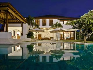 Villa Bahagia- Spacious 4 bedroom villa in Umalas - Seminyak vacation rentals