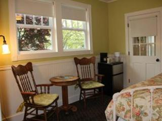 Etta's Place Suites - Couple's Historic Retreats - Friday Harbor vacation rentals