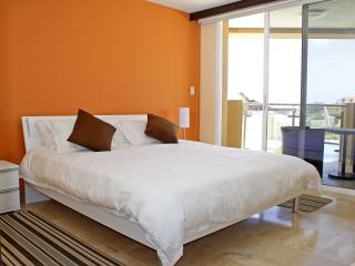 INCREDIBLE! Beautiful Condo @ Eagle Beach 9, Aruba - Aruba vacation rentals