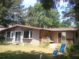 3 BDRM LAKE HOME IN BEAUTIFUL CENTRAL WISCONSIN - Wisconsin vacation rentals