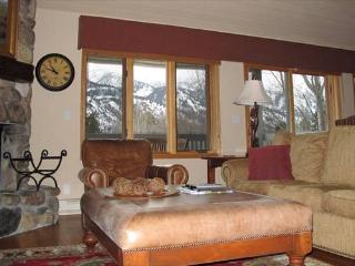 3 bed /3.5 ba- TETON PINES 3489 (#24) - Wilson vacation rentals