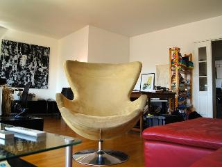 Suite Grand Canal - Amelie does it again - Paris vacation rentals