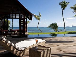 Outstanding Beach Villa for 8 guests - Mauritius vacation rentals