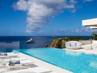 Glamorous, luxurious villa with unsurpassed ocean views WV VIT - Lurin vacation rentals