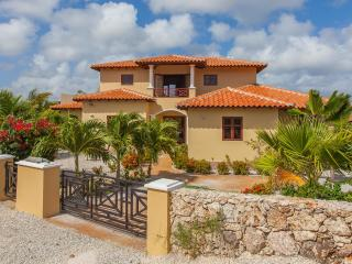 Villa with Panoramic Ocean View and Private Pool - Bonaire vacation rentals