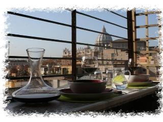 Penthouse 2bedroom terrace AngelsGateSanPietroRome - Vatican City vacation rentals