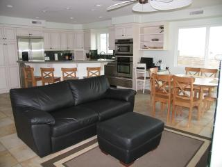 Casa Grand - San Diego vacation rentals
