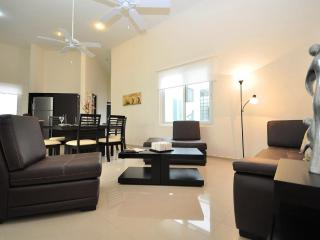 3 Bedroom-Ocean View Rooftop Jacuzzi & Pool - A302 - Playa del Carmen vacation rentals