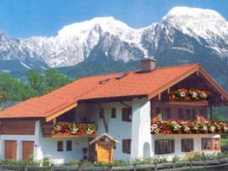 LLAG Luxury Vacation Apartment in Schönau am Königssee - 431 sqft, spacious, woodburning stove (#… - Schoenau am Koenigssee vacation rentals