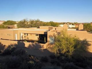 Spacious Contemporary with Privacy, Heated Pool Nestled in the N. Scottsdale Mountain Foothills - Scottsdale vacation rentals