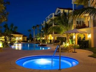 Stunning 2BR Condo in Heart of Grace Bay - Grace Bay vacation rentals