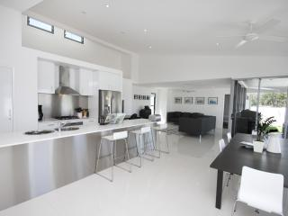 Sands beach house, Mount Coolum, Sunshine Coast - Sunshine Coast vacation rentals