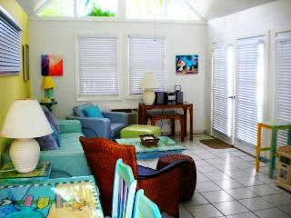 Beautiful Island Style Cottage - Key West vacation rentals