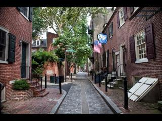 Cozy Home in Historic Washington Square - Greater Philadelphia Area vacation rentals