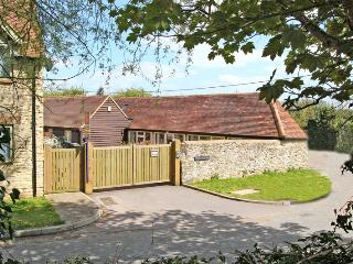 Luxury 2 bedroom cottage near Oxford City Centre - Oxfordshire vacation rentals
