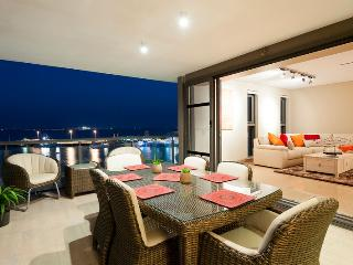 Sanctuary Waterfront Villas - Bali & Noosa - 2 Bed - Darwin vacation rentals