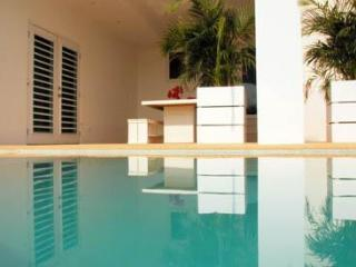APARTMENT DOM PERIGNON II - Willemstad vacation rentals