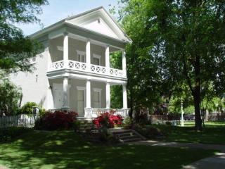 3br - J. Neely Johnson House - Historic Townhome - Sacramento vacation rentals